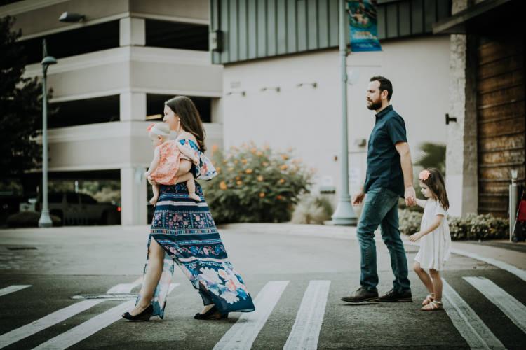 Πώς οι διαζευγμένοι γονείς μπορούν να επηρεάσουν τις σχέσεις που κάνουμε ως ενήλικες