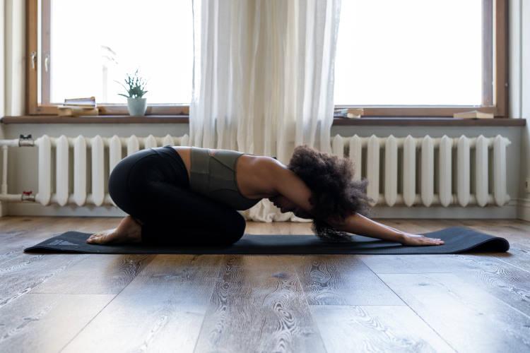 7 απλές ασκήσεις για να ανακουφιστούμε άμεσα από την ισχιαλγία (Βίντεο)