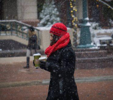 7 τρόποι να μένουμε ζεστοί σε εξωτερικούς χώρους το χειμώνα