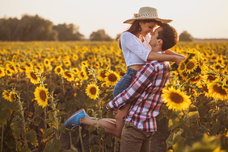 Δεν είναι πάντα εύκολο να πούμε σ' αγαπώ. Υπάρχουν όμως πολλοί τρόποι να το κάνουμε…