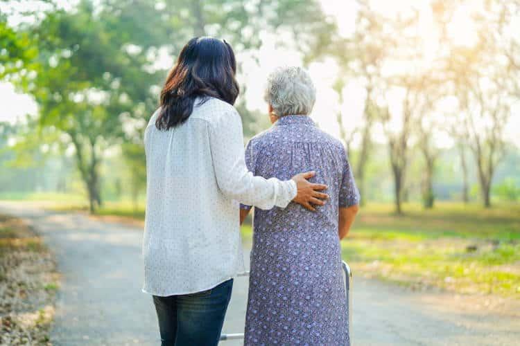 Δήμος Κηφισιάς: Νέα γραμμή ψυχολογικής στήριξης και βοήθειας σε άτομα Τρίτης Ηλικίας