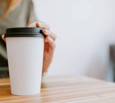 Ερευνητές δημιούργησαν «πράσινα σκεύη» από ζαχαρότευτλα και μπαμπού τόσο οικονομικά όσο τα πλαστικά