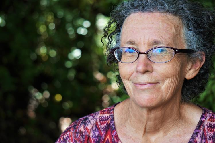 Η ανθεκτικότητα βοηθά τους ηλικιωμένους να διαχειριστούν πιο αποτελεσματικά την πανδημία από τους νέους