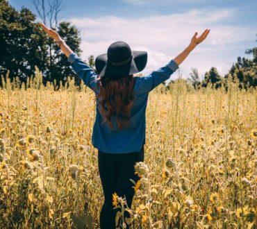 Η δύναμη της ευγνωμοσύνης: 4 πολύτιμα εργαλεία για να την αναπτύξουμε