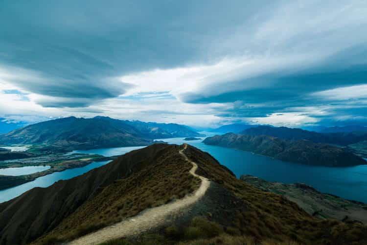«Ο δρόμος ο λιγότερο ταξιδεμένος» είναι εκείνος της εσωτερικής ελευθερίας