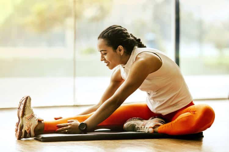 Οι 5 καλύτερες ασκήσεις που μπορούμε να κάνουμε το πρωί, σύμφωνα με τους ειδικούς