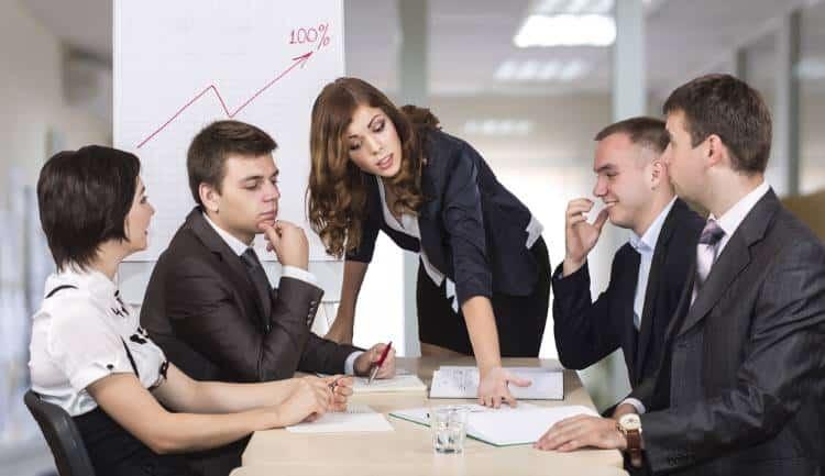 11 κανόνες για να ασκήσετε παραγωγική κριτική