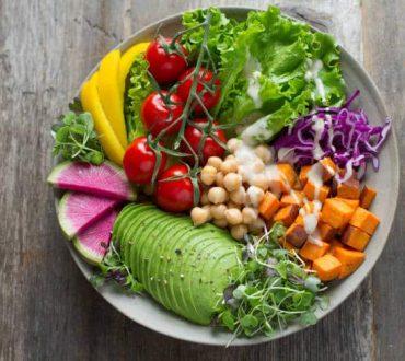 5 απλοί τρόποι να κάνουμε τη διατροφή μας πιο φιλική στο περιβάλλον