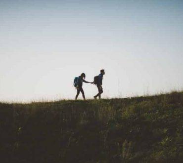 6 τρόποι να ξαναχτίσουμε την εμπιστοσύνη μας στους ανθρώπους