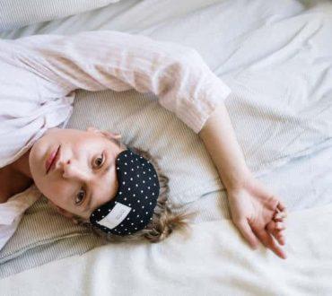 8 προβλήματα υγείας που συνδέονται με τον ελλιπή ύπνο