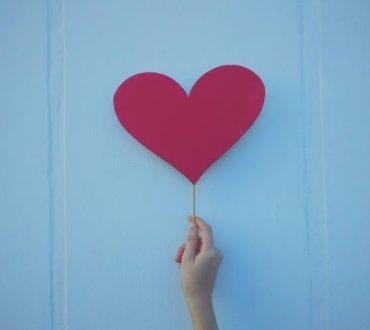 9 συνήθειες που μπορούν να βελτιώσουν δραστικά την υγεία της καρδιάς