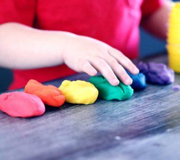 ΔΕΠΥ και παιδιά: Πώς μπορούμε να κατευνάσουμε τα ξεσπάσματά τους
