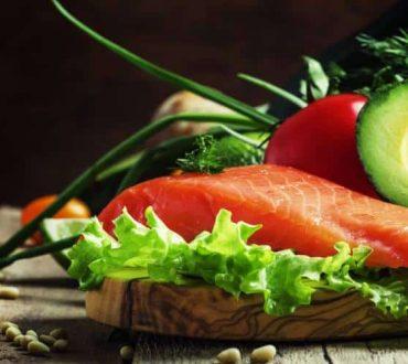 Διατροφή πριν την άσκηση: Οι καλύτερες επιλογές για να χάσουμε βάρος και να χτίσουμε μύες