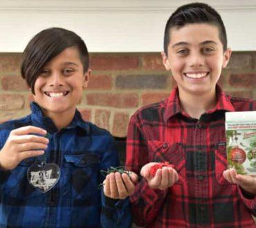Πώς δύο 12χρονα αδέρφια έβγαλαν τα πρώτα τους… 250.000 δολάρια