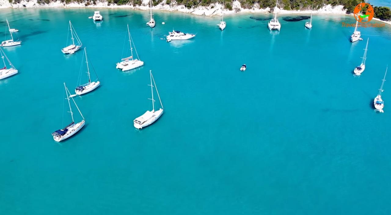 Ελλάδα: Το απέραντο γαλάζιο των εξωτικών Παξών (βίντεο)