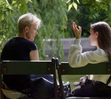 Έμμηνος ρύση: Πώς να μιλήσουμε στα παιδιά για να σπάσουμε το «στίγμα»