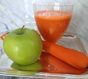 Φρέσκος χυμός γεμάτος βιταμίνες για αποτοξίνωση και τόνωση