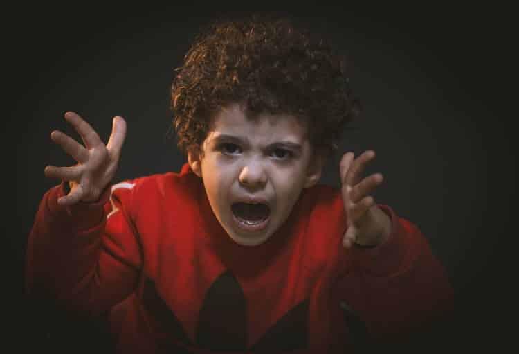 Γιατί μας εκνευρίζουν οι γονείς μας;