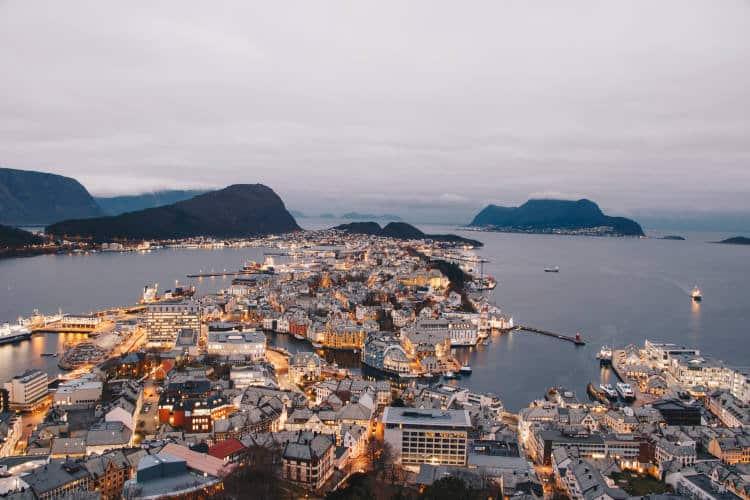 Η Νορβηγία θεραπεύει την ψύχωση αποφεύγοντας τη χορήγηση φαρμάκων