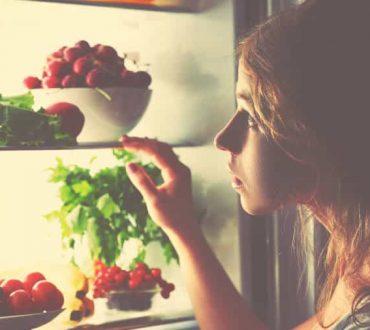 Πρόχειρο φαγητό και ψυχική υγεία: Ποια είναι η σχέση τους