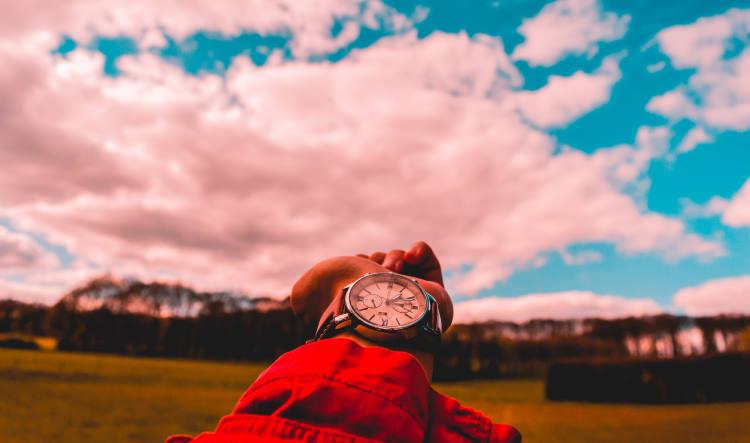 Πώς ο COVID-19 άλλαξε τον τρόπο που αντιλαμβανόμαστε το χρόνο