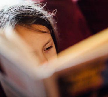 Πώς να μεγαλώσουμε παιδιά που να αγαπούν τα βιβλία και την ανάγνωση