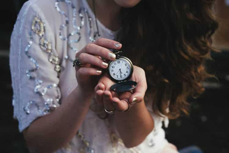 Πώς να θέσουμε και να διατηρήσουμε το όριο του χρόνου, σύμφωνα με μία ψυχολόγο
