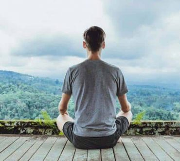 7 τεχνικές αναπνοής που μας βοηθούν να φτάσουμε σε βαθιά χαλάρωση