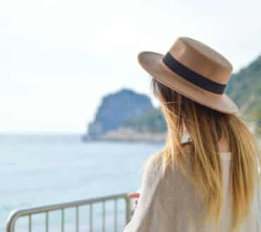 Ψωρίαση: 6 τρόποι να ανακουφιστείτε τους ζεστούς μήνες του χρόνου