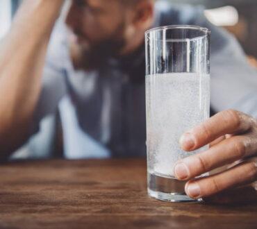 Πώς μπορούμε να αποφύγουμε ή να μειώσουμε τα συμπτώματα του hangover;