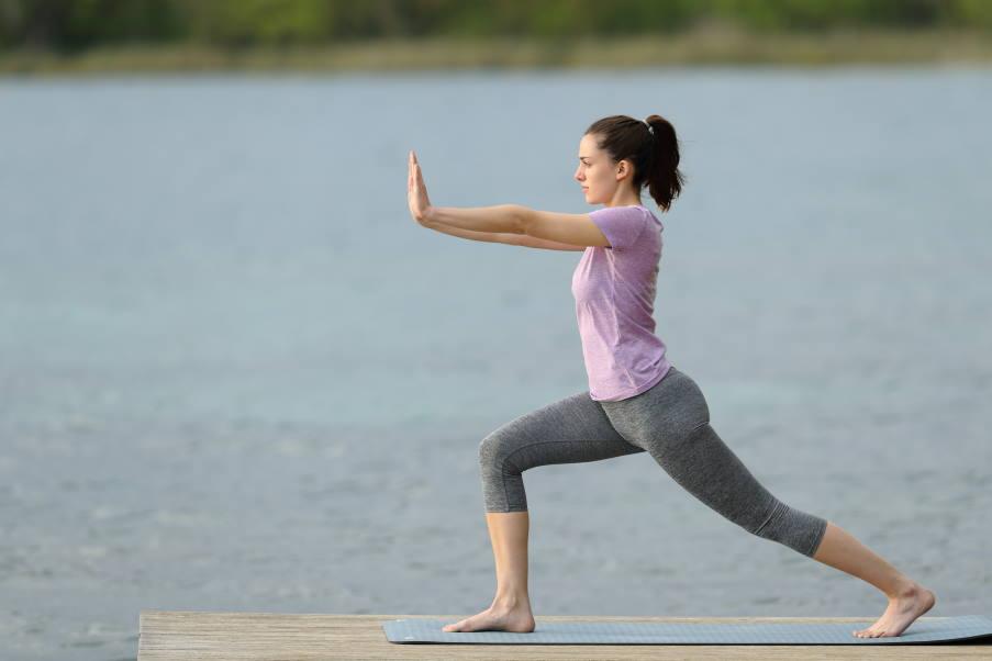 Qigong: 4 εύκολες ασκήσεις για να καλλιεργήσετε τη θεραπευτική δύναμη στο σώμα σας
