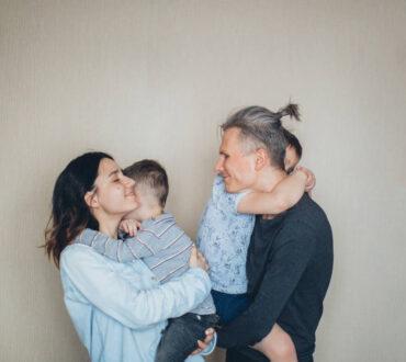 Γονεϊκή εξουθένωση: Απλοί τρόποι αυτοφροντίδας για να την προλάβουμε
