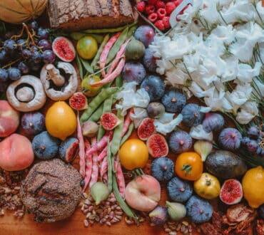 Πώς οι πιο δημοφιλείς δίαιτες μπορούν να μεταβάλουν το μικροβίωμα του εντέρου