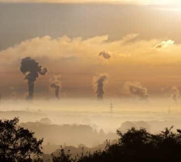 Η ατμοσφαιρική ρύπανση και ο θόρυβος της πόλης αυξάνουν τον κίνδυνο υπέρτασης