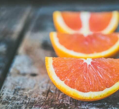 7 εκπληκτικοί τρόποι με τους οποίους η βιταμίνη C ωφελεί το σώμα μας