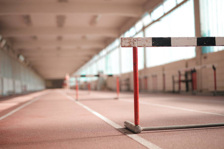 «Ανάμεσα σε εμπόδια»: Στρατηγικές διαχείρισης των δυσκολιών που οδηγούν στην κατάκτηση των στόχων