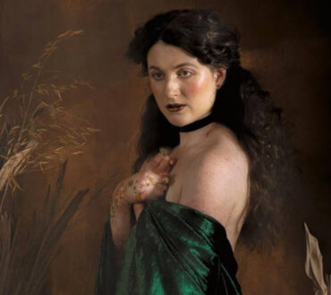 Γυναίκα φωτογραφίζεται με σπάνια δερματική πάθηση και σπάει τα στερεότυπα ομορφιάς!