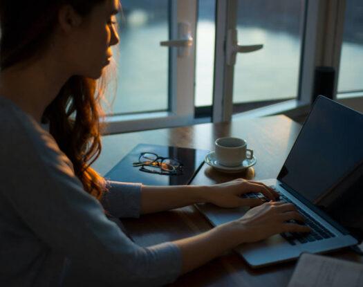 Ποιες επιπτώσεις έχει στην υγεία μας η αύξηση των ωρών εργασίας