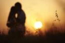 Ψυχικά Τραύματα: Πώς επηρεάζουν την ερωτική και συντροφική μας ζωή