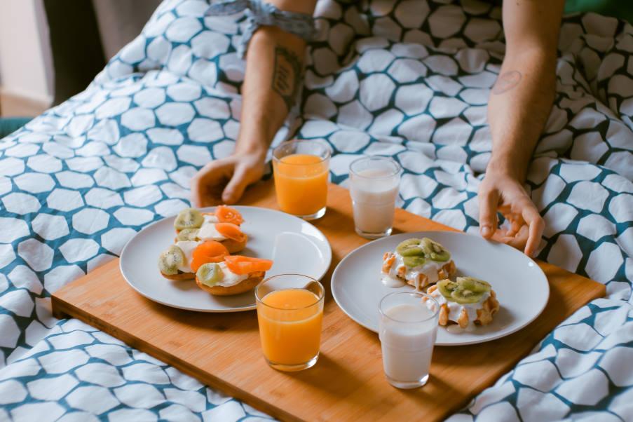 Εμμηνορροϊκός κύκλος: Ποιες τροφές είναι πιο ευεργετικές σε κάθε φάση του