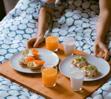 Η πρωτεΐνη στο πρωινό χτίζει περισσότερη μυϊκή μάζα από την πρωτεΐνη στο δείπνο