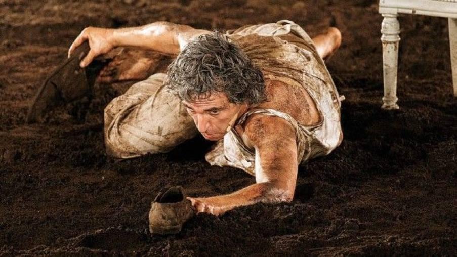 8 σπουδαίες παραστάσεις της Επιδαύρου που έρχονται στα θέατρα της Αττικής