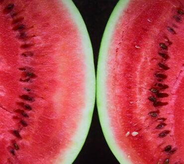 Καρπούζι: 7 απλοί τρόποι να επιλέξουμε το πιο νόστιμο
