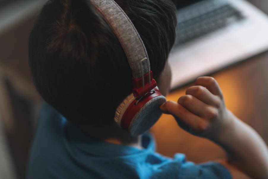"""""""Moυσικές Δραστηριότητες για παιδιά ίδια και Διαφορετικά"""": Γνωριμία με τα ζώα μέσα από την εκμάθηση τραγουδιού"""