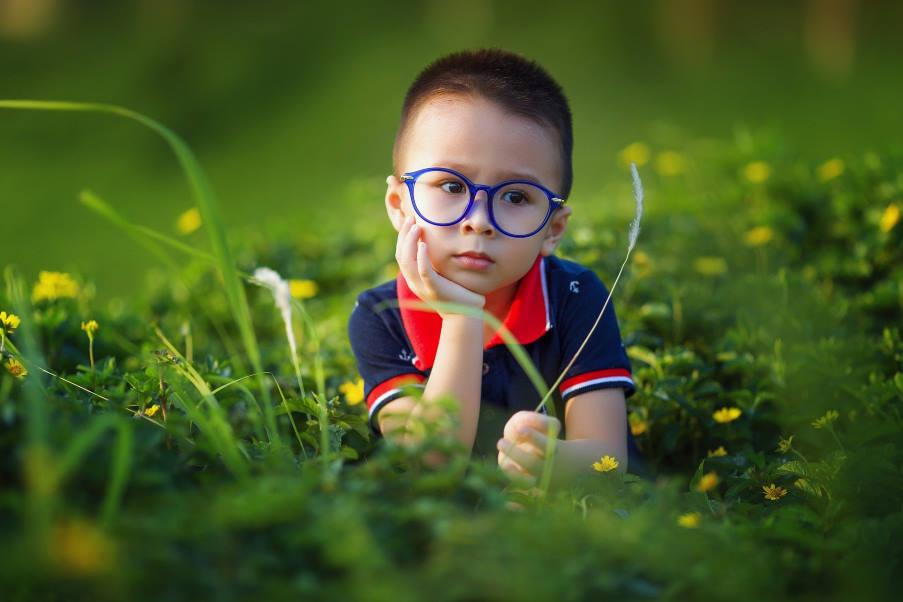 Η πανδημία του κορονοϊού ενδεχομένως να συνδέεται με αύξηση της μυωπίας στα παιδιά