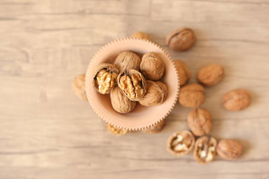 Καρύδια: Η καθημερινή κατανάλωσή τους μπορεί να μειώσει την «κακή» χοληστερόλη