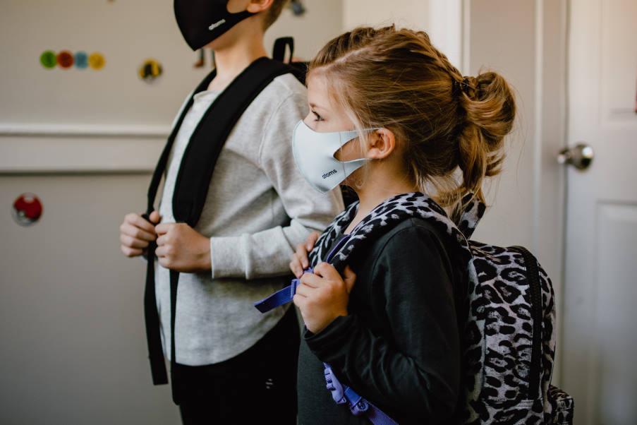 4 σημάδια που δείχνουν ότι ένα παιδί δυσκολεύεται να επιστρέψει στο σχολείο