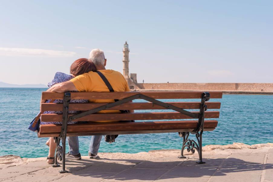 Δύο ελληνικά νησιά βρέθηκαν στη λίστα του Guardian με τους καλύτερους φθινοπωρινούς προορισμούς