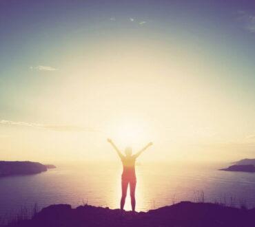 Ευτυχισμένοι ό,τι κι αν συμβεί: Καλλιεργώντας την ελπίδα και την αίσθηση του σκοπού σε δύσκολους καιρούς