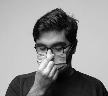 Κρυολόγημα, γρίπη ή Covid-19: Υπάρχουν διαφοροποιήσεις στα συμπτώματα;